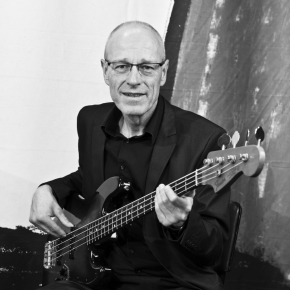 Michael Hoefler - Bass